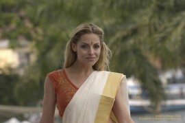 Trish Stratus enjoys the culture of Southern India on STRATUSPHERE.